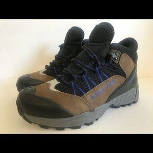 Nike Shoes - Nik ACG boots Gore-Tex hiking running